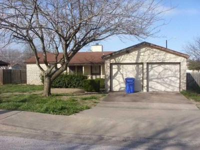 Pflugerville Single Family Home For Sale: 1400 Mangrum St