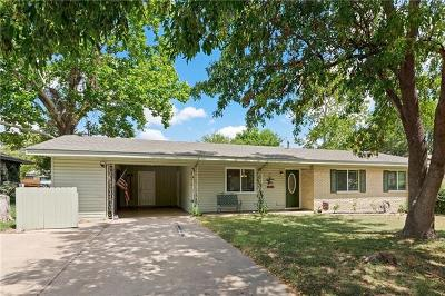 Taylor TX Single Family Home For Sale: $209,500