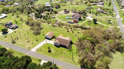 Round Rock Single Family Home For Sale: 5 Valley Trl
