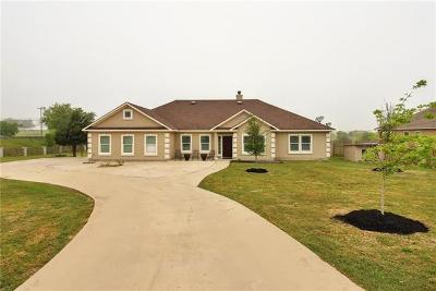 Bastrop County Single Family Home For Sale: 104 Valle Verde Dr