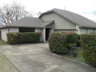 Pflugerville Single Family Home Pending - Taking Backups: 16308 Bates Cv
