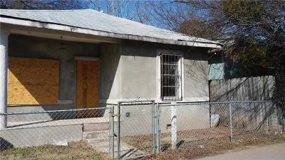 Single Family Home For Sale: 106 Comal St