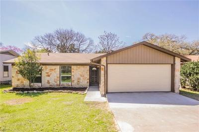 Single Family Home For Sale: 1011 Hillside Oaks Dr