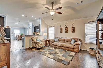 Leander Single Family Home For Sale: 189 Housefinch Loop