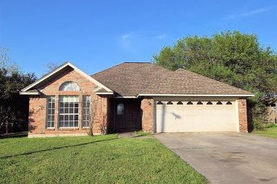 Lockhart Single Family Home For Sale: 1011 San Jacinto St
