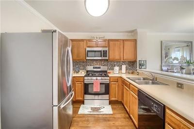 Buda Single Family Home For Sale: 184 Jack Rabbit Ln