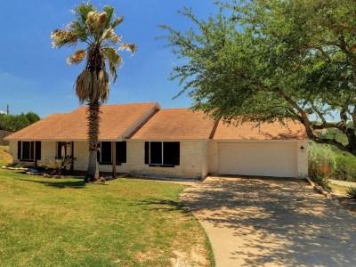 Lago Vista Single Family Home For Sale: 4703 Comanche