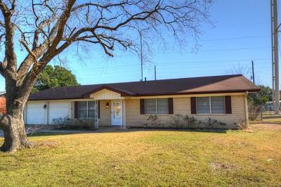 Georgetown Single Family Home Pending - Taking Backups: 104 W Central Dr