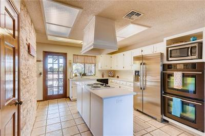 Dripping Springs Single Family Home Active Contingent: 800 Post Oak Dr