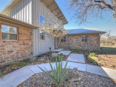 Burnet County Single Family Home For Sale: 218 Tierra Verde