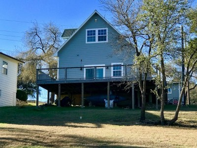 Spicewood Single Family Home For Sale: 1333 Lakeshore Dr