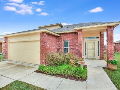 Luling Single Family Home For Sale: 225 Talon Dr