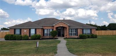 Hutto Single Family Home For Sale: 302 San Jacinto Dr