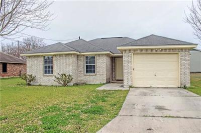 Lockhart Single Family Home For Sale: 1305 Monte Vista Dr