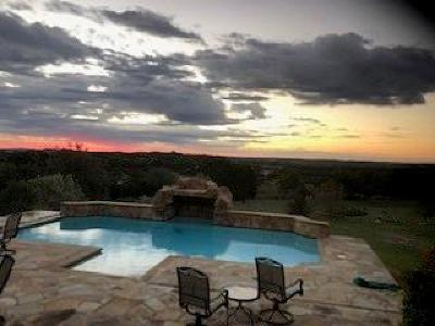 Dripping Springs TX Single Family Home For Sale: $950,000
