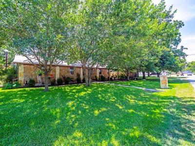 Bastrop County Single Family Home For Sale: 205 N Avenue E Ave