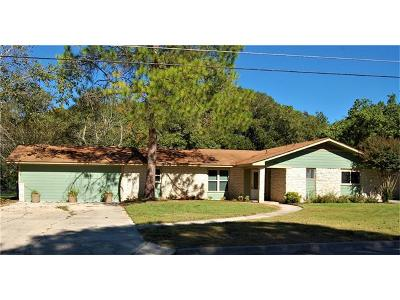 Lockhart Single Family Home For Sale: 803 Campbell St