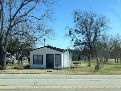 Giddings Single Family Home Pending - Taking Backups: 616 S Main St