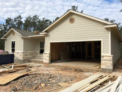 Bastrop County Single Family Home For Sale: 208 Akaloa Dr