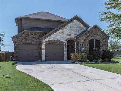 Hutto Single Family Home For Sale: 215 Yukon Cv