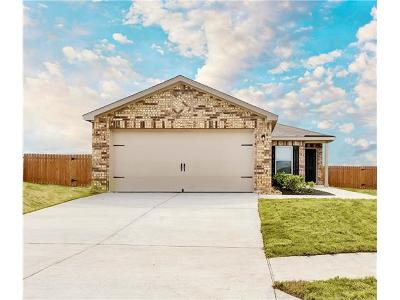 Single Family Home For Sale: 136 Proclamation Ave