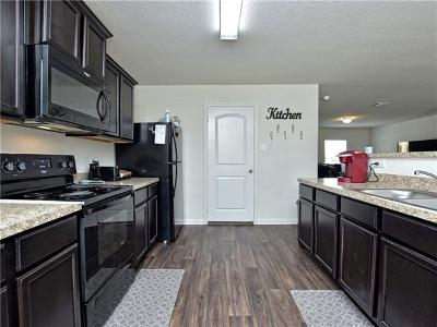 Jarrell Single Family Home For Sale: 217 Koontz Loop