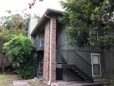 Austin Condo/Townhouse Pending - Taking Backups: 10616 Mellow Meadows Dr #37b
