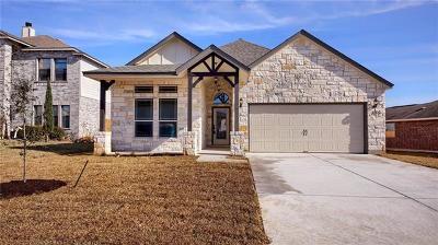 Elgin Single Family Home For Sale: 205 Bandera Woods Blvd