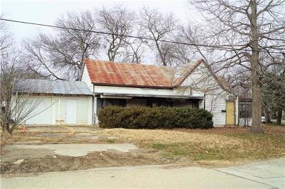 Elgin Single Family Home Pending - Taking Backups: 208 E 1st St