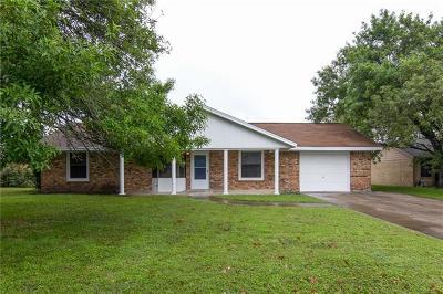 Lockhart TX Single Family Home Pending - Taking Backups: $174,990