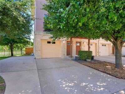 Condo/Townhouse Pending - Taking Backups: 13420 Lyndhurst St #801