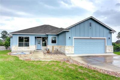 Bastrop Single Family Home For Sale: 106 E Lua Ct