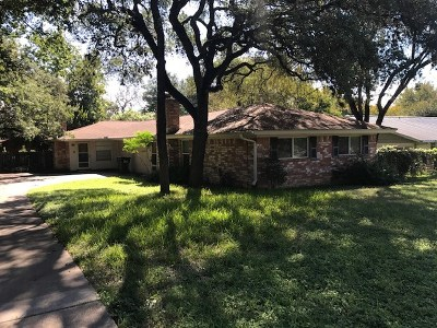 Austin Multi Family Home For Sale: 915 Beaver Trl
