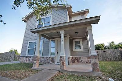 Manor Single Family Home For Sale: 11301 Hungry Horse Dr