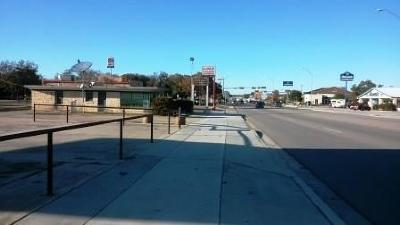 Lampasas Commercial For Sale: 1004 S Key Ave