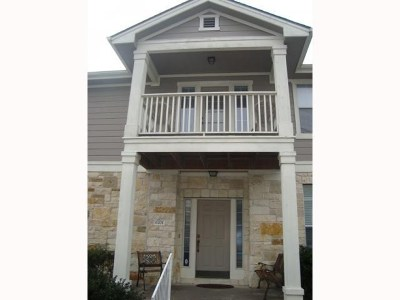 Austin Condo/Townhouse Pending - Taking Backups: 1900 Scofield Ridge Pkwy #6701