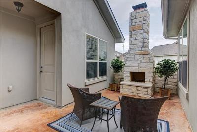 Single Family Home For Sale: 318 Highland Village Dr