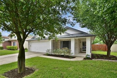 Hutto Single Family Home For Sale: 208 Janis Mae Dr