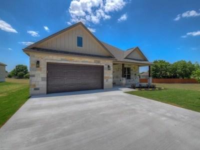 Single Family Home For Sale: 407 Spyglass