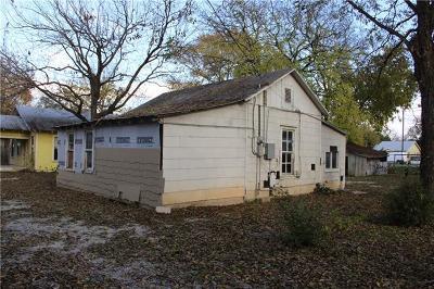 New Braunfels Single Family Home Pending - Taking Backups: 560 Rusk St