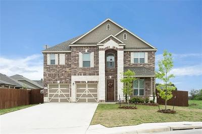 Berry Creek Single Family Home For Sale: 105 Golden Bear Dr