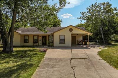 Lockhart Single Family Home For Sale: 1205 Aransas St
