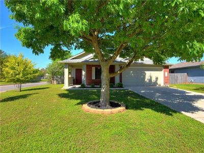 Bastrop Single Family Home For Sale: 302 Nicole Way