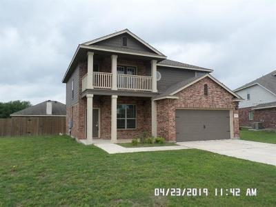 Lockhart Single Family Home For Sale: 1615 Bluebell Cir
