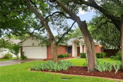 Leander Single Family Home For Sale: 818 Honeysuckle Dr