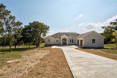 Bastrop County Single Family Home For Sale: 171 Estate Row