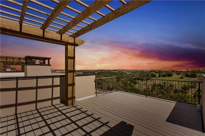 Condo/Townhouse For Sale: 8200 Southwest Pkwy #102