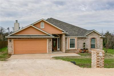 Bastrop County Single Family Home For Sale: 178 Puu Waa Waa Ln