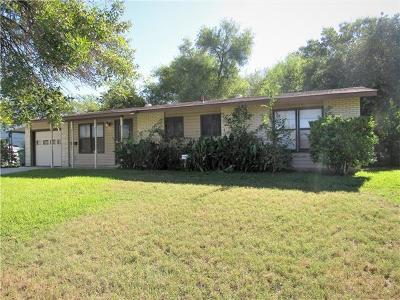 Kinney County, Uvalde County, Medina County, Bexar County, Zavala County, Frio County, Live Oak County, Bee County, San Patricio County, Nueces County, Jim Wells County, Dimmit County, Duval County, Hidalgo County, Cameron County, Willacy County Single Family Home For Sale: 5510 Wales
