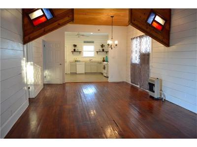 Lockhart Single Family Home Pending - Taking Backups: 372 Old Lockhart Rd